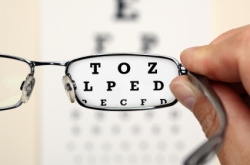 Steve Parker MD, eye chart, eye exam