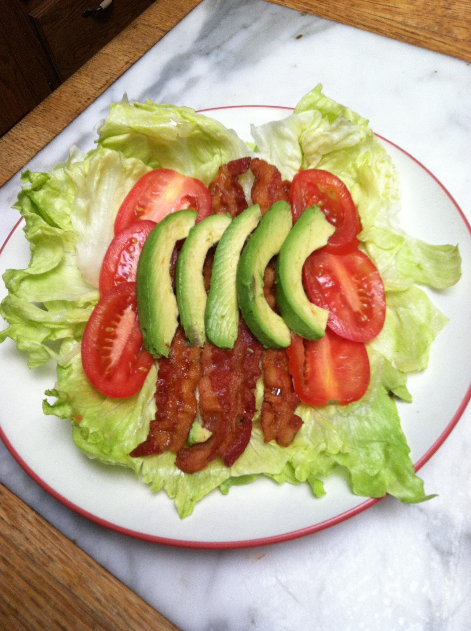 Recipe: BLT Avocado Wraps + Pecans | Diabetic Mediterranean Diet