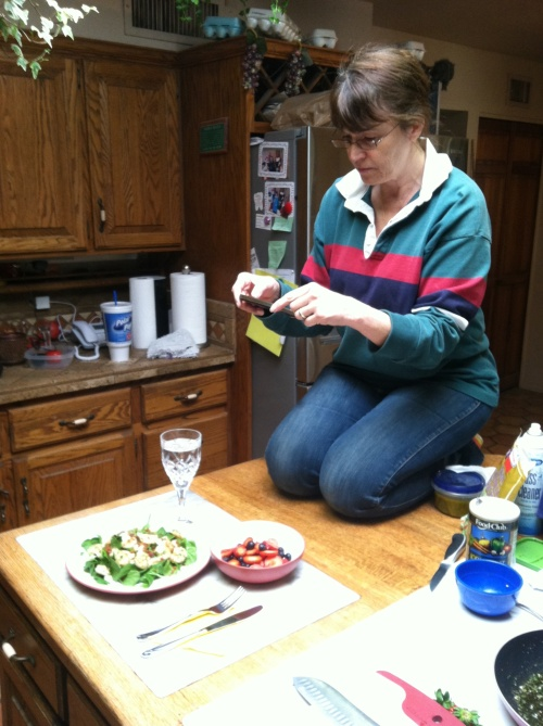 Master multi-tasker: wife, chef, photographer
